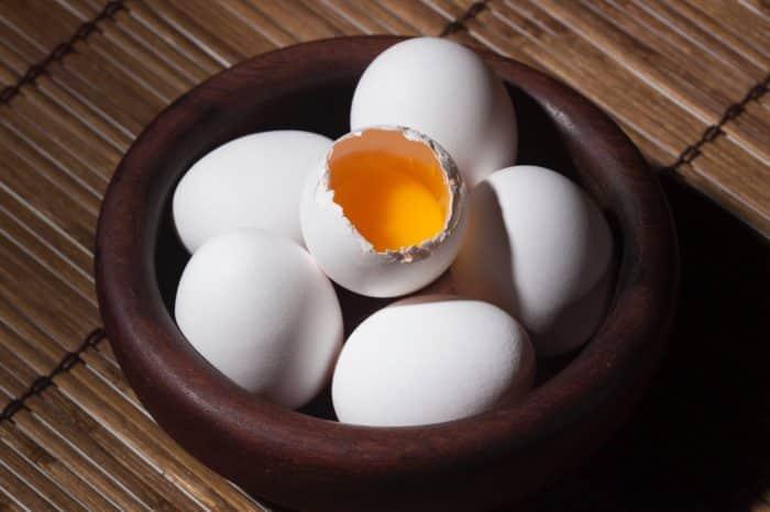 como saber se um ovo está podre