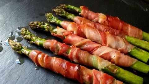aspargos com presunto e bacon