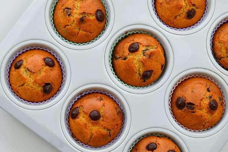 muffin com gotas de chocolate queques com pepitas de chocolate