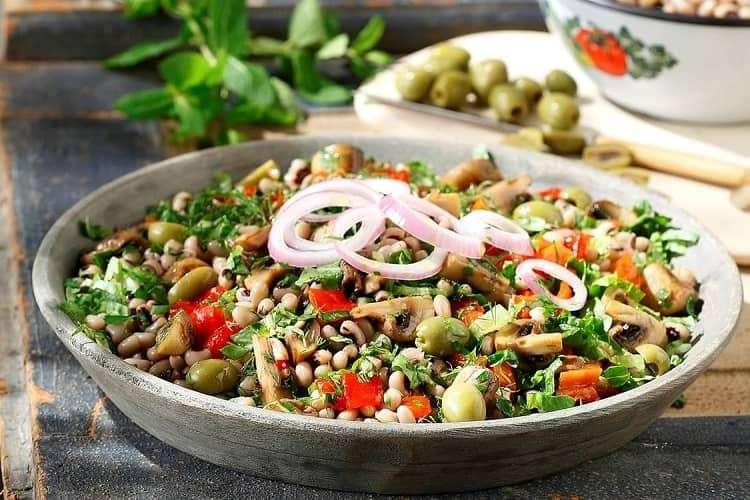 salada grega de feijão fradinho