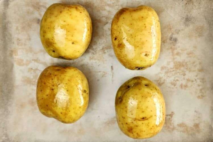 baked potato   batata assada recheada