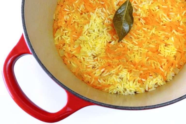 arroz com cenoura ou arroz de cenoura