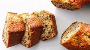 receita de bolo formigueiro ou bolo com pedaços de chocolate